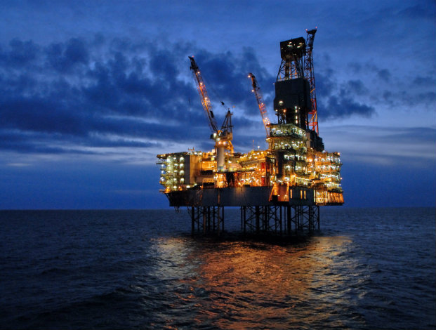 US removes Iran oil sanctions waivers